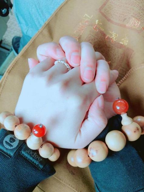 安以轩发博纪念结婚一周年:陈太你习惯了吗?
